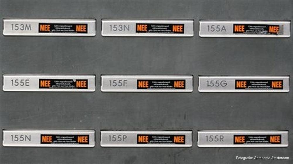 nee-stickers