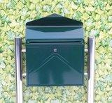 Envelop brievenbus donkergroen met statief_