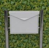 Envelop brievenbus wit met statief_