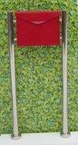 Envelop brievenbus rood met statief_