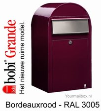 Brievenbus Bobi Grande bordeauxrood RAL 3005